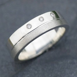 18ct Gold Handmade Mens Chunky Diamond Ring