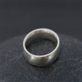 Mans Silver Wedding Band